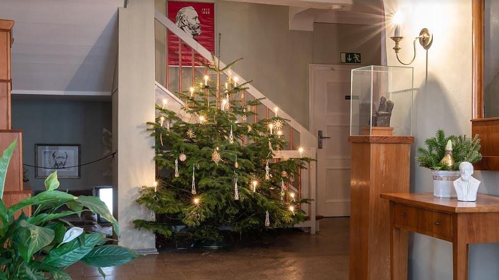 Storm Weihnachtsgedichte.Storms Weihnachten Im Literaturmuseum 10 12 2018 15 08 Uhr